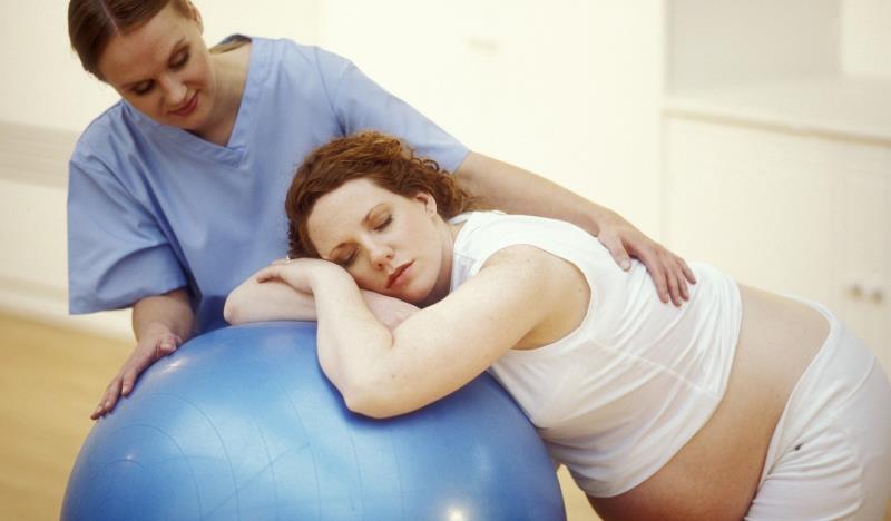 Помощница в родах при беременности