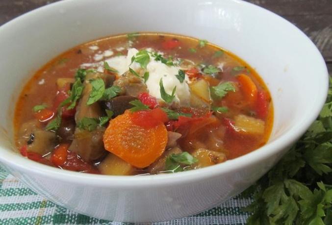 Как приготовить горячие супы к Новому году 2021