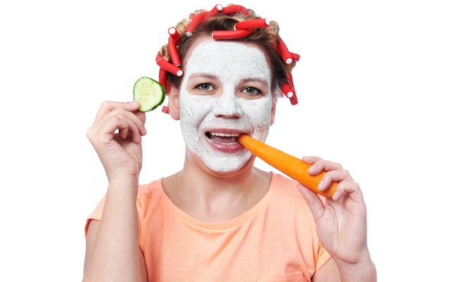 Лучшие освежающие маски для лица в домашних условиях рецепты.