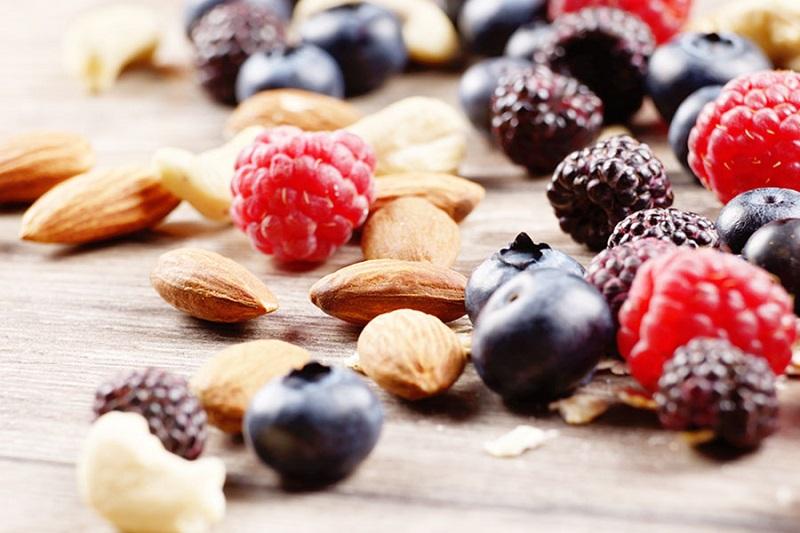 Полезные ягоды, фрукты и овощи для профилактики атеросклероза