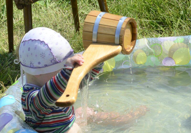 Как научить ребенка к навыкам самообслуживания