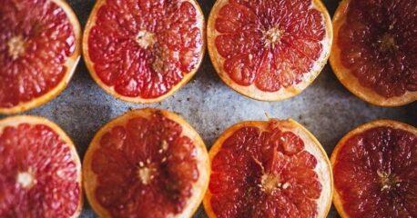 Запеченные грейпфруты с пряностями