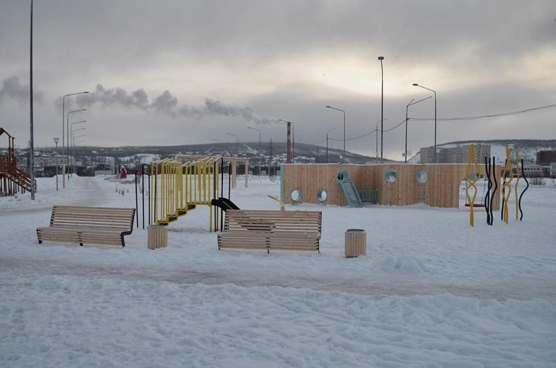Набережная Колы фото детской площадки