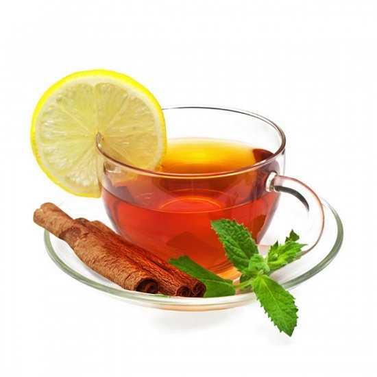 Чай с лимоном и выпечка