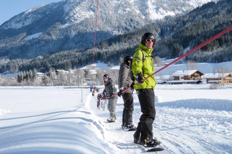Подъемники на горнолыжном курорте