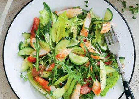 Вкусные простые салаты из овощей. Вкусные салаты со свежими овощами. Рецепты салатов с фото.