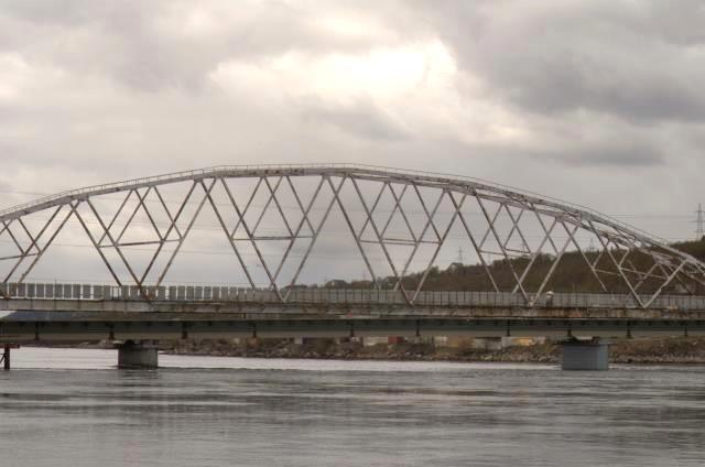 Опоры моста через реку Тулома